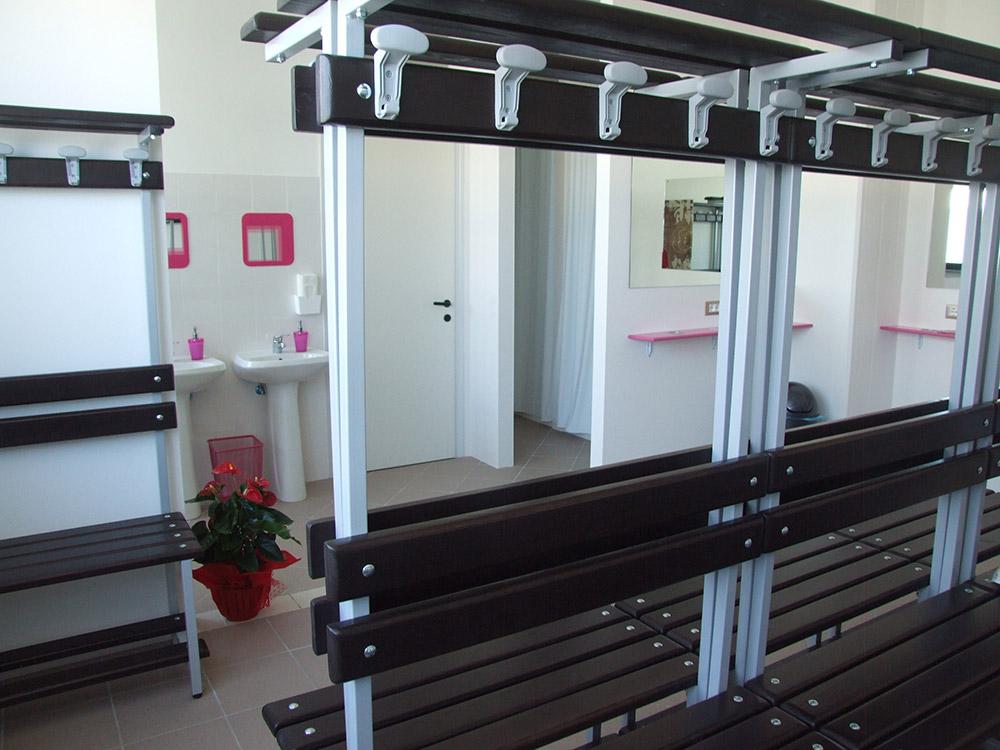 Reception spogliatoi e servizi palestra fitxfun centro for Centro fitness